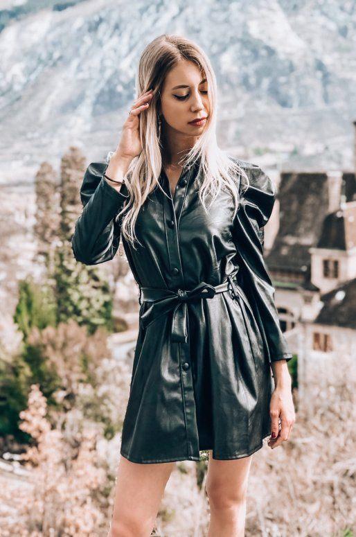 Robe chemise en simili cuir de couleur noir