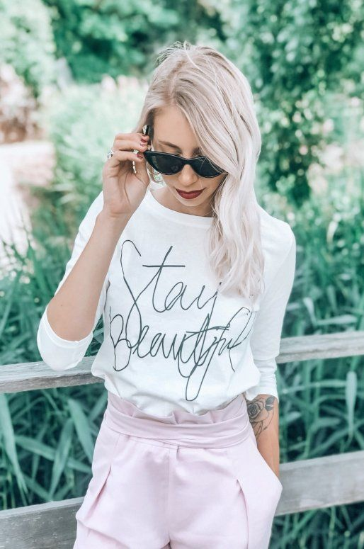"Pull blanc manches longues avec inscription ""Stay beautiful"""