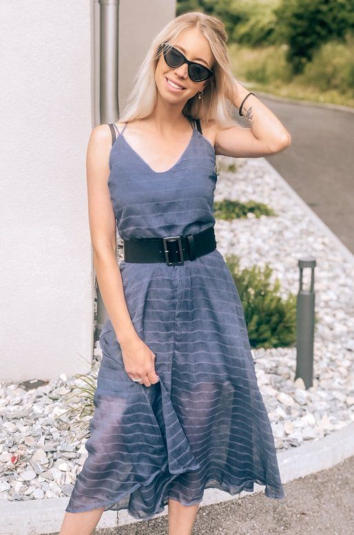 Combinaison bleu indigo à rayures contrastées
