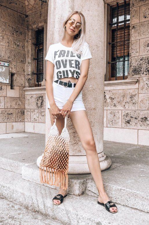 "T-shirt blanc avec inscription ""FRIES OVER GUYS"""