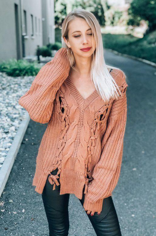 Pull Oversize en tricot torsadé de couleur brun orangé