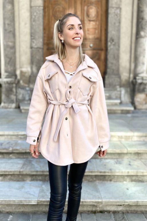 Veste légère de couleur rose clair