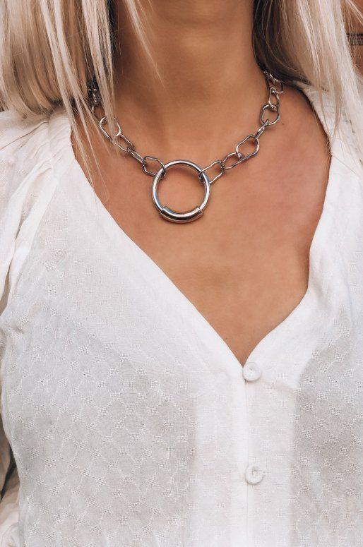 Collier chaîne ras de cou avec pendentif anneau