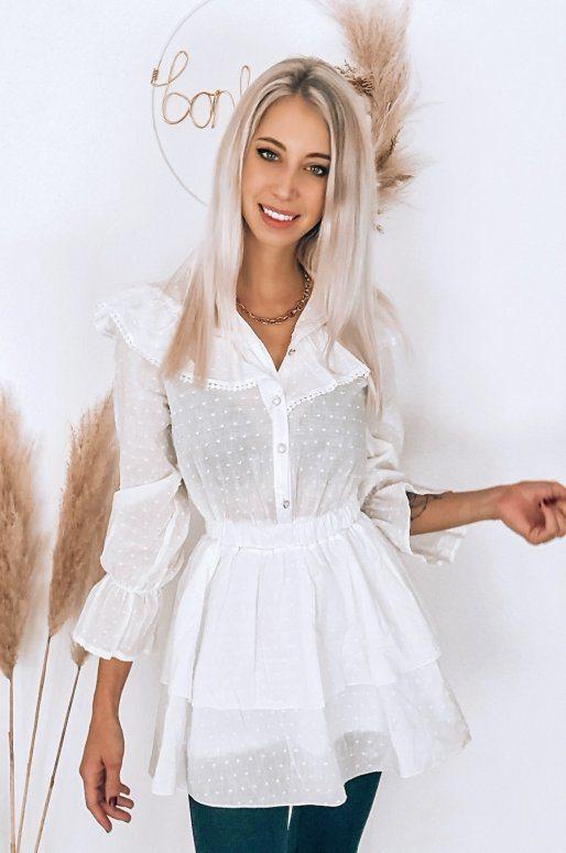 Robe blanche à volants