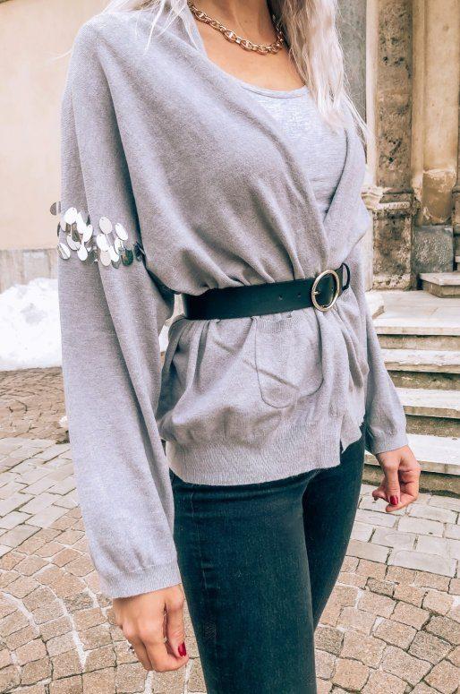 Cardigan gris avec paillettes sur les manches