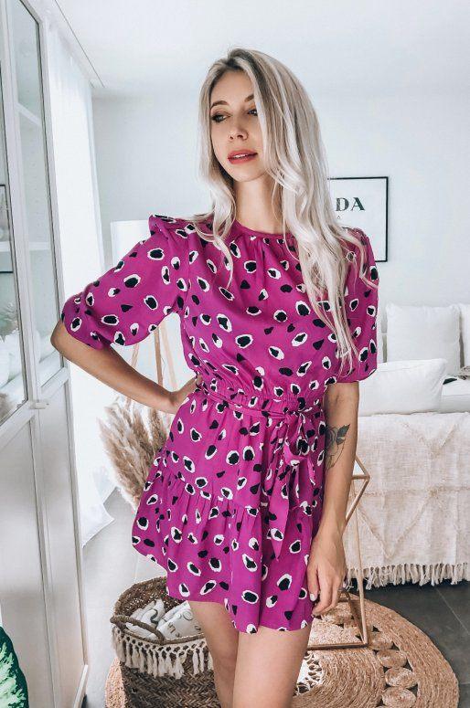 Robe rose imprimé léopard noir et blanc