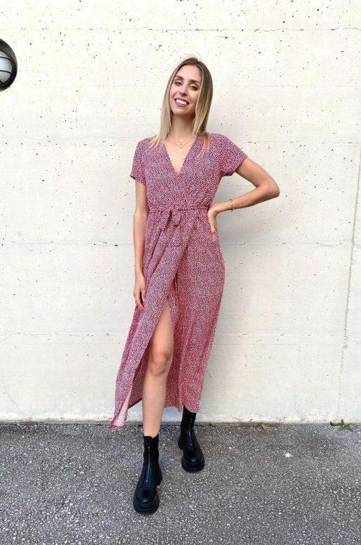 Longue robe cache cœur de couleur bordeaux