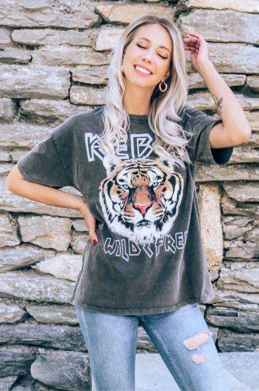 T-shirt avec dessin de tigre et inscription Rebel