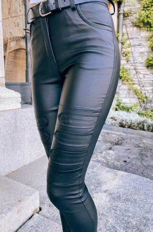 Pantalon taille haute en simili cuir avec patchs sur le devant