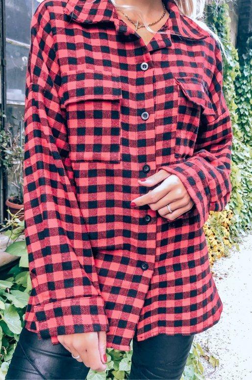 Chemise rouge et noire à carreaux