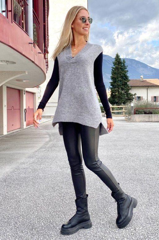 Long pull sans manches de couleur gris